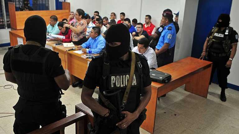 Televisa, víctima de delito