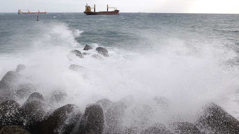 Temporal de fuertes lluvias y viento en Canarias