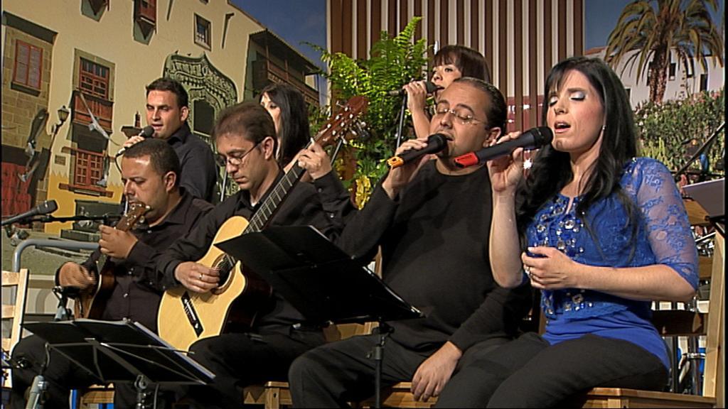 Tenderete - 15/09/12 - Fabiola Trujillo + Amigos por la música