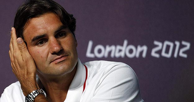 El tenista suizo Roger Federer durante la rueda de prensa que ha ofrecido en Londres.