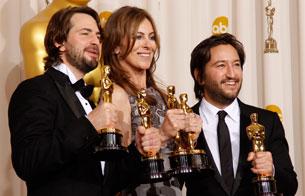 Ver vídeo  ''En tierra hostil' hace historia en los Oscar'
