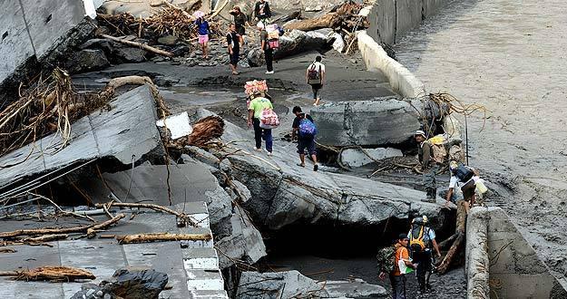 El tifón 'Morakot' asola la isla de Taiwán
