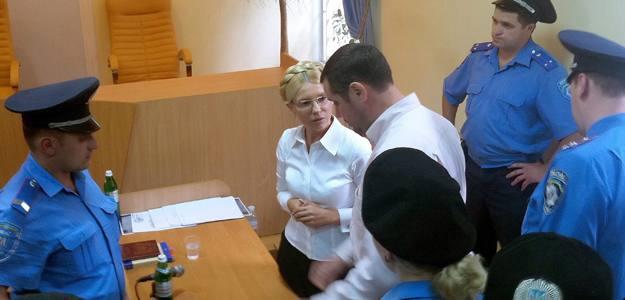 Yulia Timoshenko, la exprimera ministra de Ucrania, el pasado 5 de agosto de 2011 durante su detención en Kiev tras ser condenada a siete años de prisión por abuso de poder.