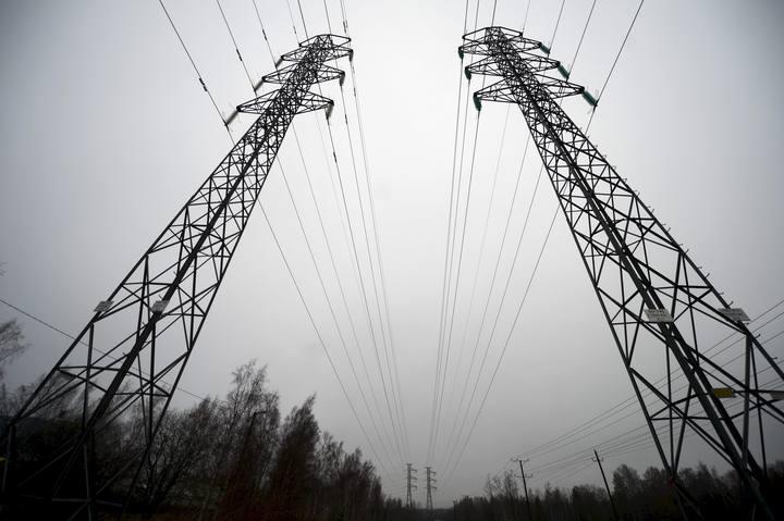 La reforma eléctrica del Gobierno no elimina el déficit de tarifa