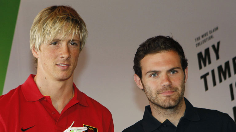 Torres y Mata se incorporan a la concentraci&oacute;n de la 'Roja'