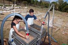 Trabajos de lavado en el campamento de Pinilla del Valle