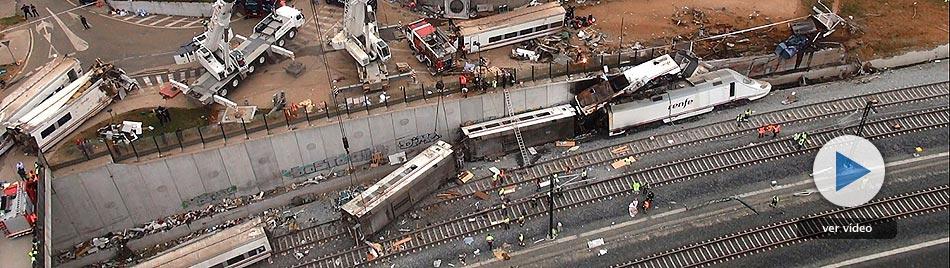 Tragedia al descarrilar un tren en Santiago