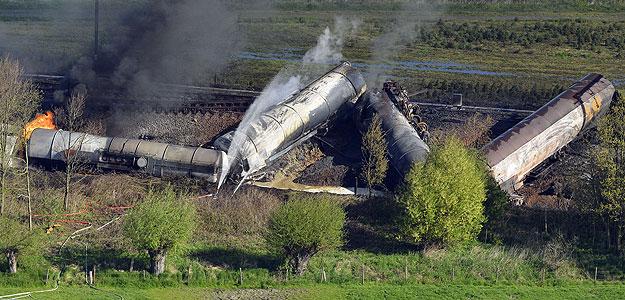 Un muerto y 17 heridos en el accidente de un tren de mercancías en Bélgica