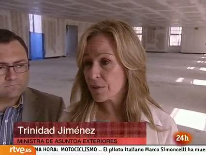 """Ver vídeo  'Trinidad Jiménez: """"Trabajamos con prudencia y discreción"""" para solucionar el secuestro'"""