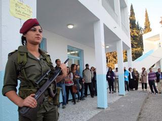 Ver vídeo  'Túnez celebra unas elecciones históricas'