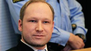Ver vídeo  'La TV noruega hace públicos los audios de la detención de Breivik'