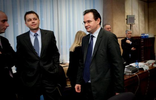 Bruselas tiene todavía que definir en qué consiste el apoyo a Grecia