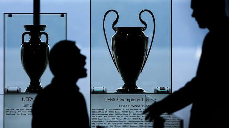 La UEFA congela los ingresos de Atlético de Madrid y Málaga como medida cautelar