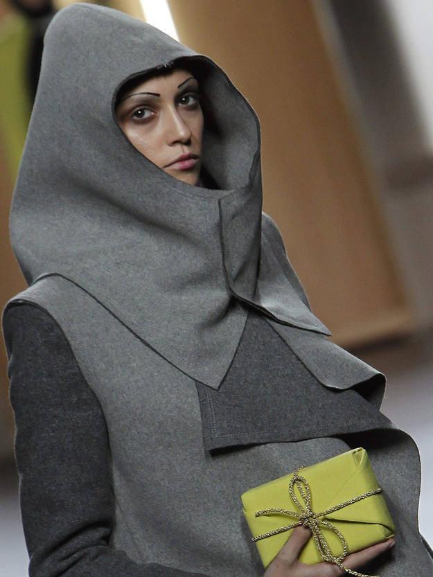 Uno de los modelos de la colección de Ana Locking