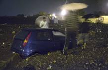 Uno de los vehículos afectados por las inundaciones en Los Realejos, Tenerife
