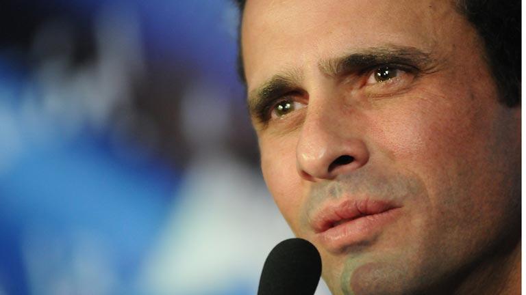 Capriles acusa a Maduro de uso electoral de la muerte de Chávez