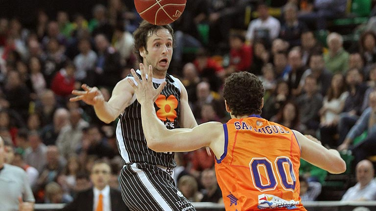 Uxue Bilbao 61-72 Valencia Bakset