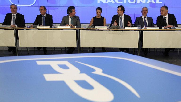 """Rajoy justifica la subida de impuestos para evitar un """"crack"""""""