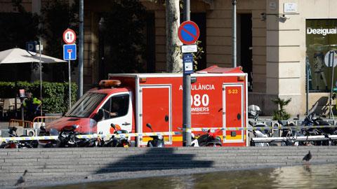Varios heridos en un atropello masivo en el centro de Barcelona