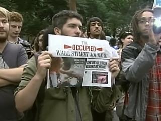 Ver vídeo  '¿Ve la opinión pública americana con buenos ojos el movimiento protesta contra la banca?'