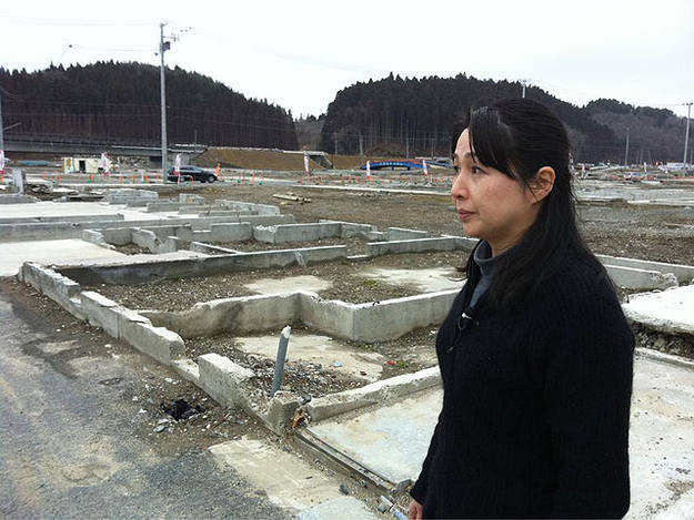 Vecina de Minami Sanriku, el pueblo de Jap&oacute;n que el tsunami convirti&oacute; en un p&aacute;ramo desolador.