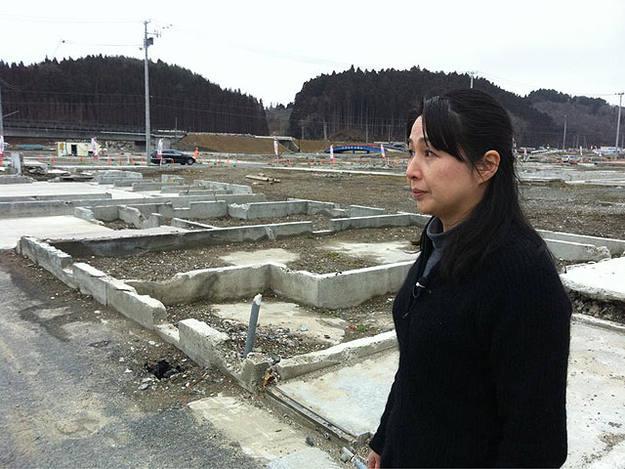 Vecina de Minami Sanriku, el pueblo de Japón que el tsunami convirtió en un páramo desolador.