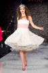 Vestido princesa blanco - Betsey Johnson - Spring 2013 Mercedes-Benz Fashion Week