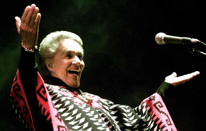 La vida seg&uacute;n...Chavela Vargas