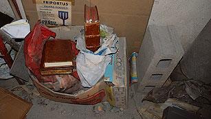 Ver vídeo  'Vídeo en el que se ve a la Polícia descubrir el Códice Calixtino'