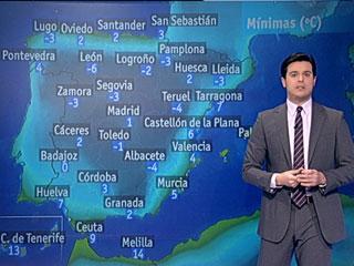 Ver vídeo  'Viento fuerte en el Estrecho y heladas moderadas en el interior'