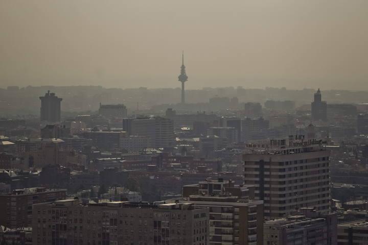 Vista de Madrid donde se puede apreciar la contaminación sobre la capital.