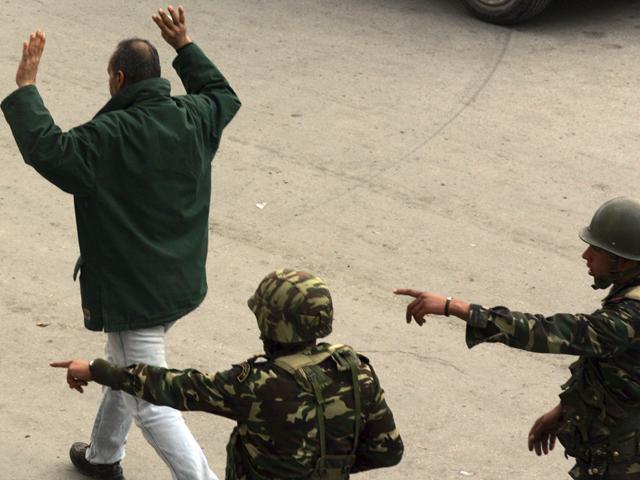 Ver v?deo  'Vuelve la tensión a las calles de Túnez'