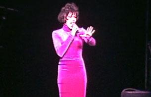Ver vídeo  'Whitney Houston, una estrella en el Palacio de Deportes de Madrid (1993)'