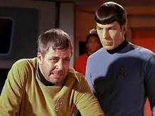 William Windom y Leonard Nimoy (Spock) en Star Trek