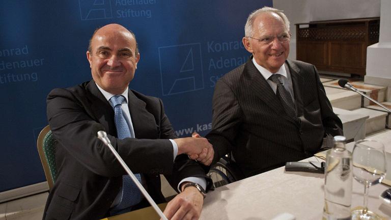 Guindos y Schäuble pactan que inversores alemanes aporten capital a pymes españolas