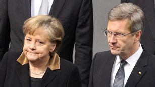 Ver vídeo  'Wulff dimite como presidente de Alemania tras menos de dos años en el cargo'