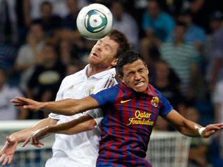Ver vídeo  'Xabi Alonso empata el partido (2-2)'