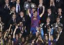 Xavi Hernández levanta la Copa del Rey