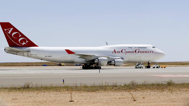 Ya está operativo el aeropuerto de Teruel dedicado al mantenimiento y estacionamiento de aeronaves