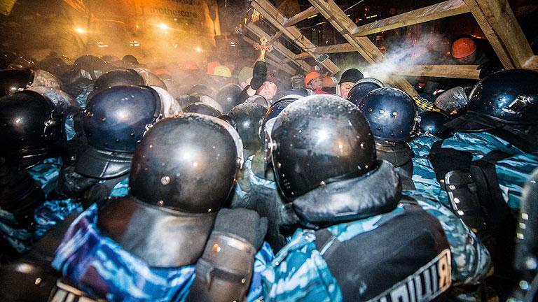 Yanukóvich está dispuesto a participar en mesa redonda junto a la oposición