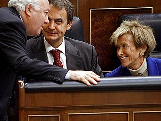 Ver v?deo  'Zapatero da las gracias a quienes dejan el Gobierno'