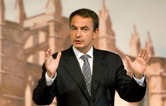 """Ver v?deo  'Zapatero está """"decepcionado"""" por la actitud de la CEOE'"""