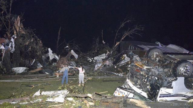 Al menos doce muertos por tornados en el centro y sur de EEUU