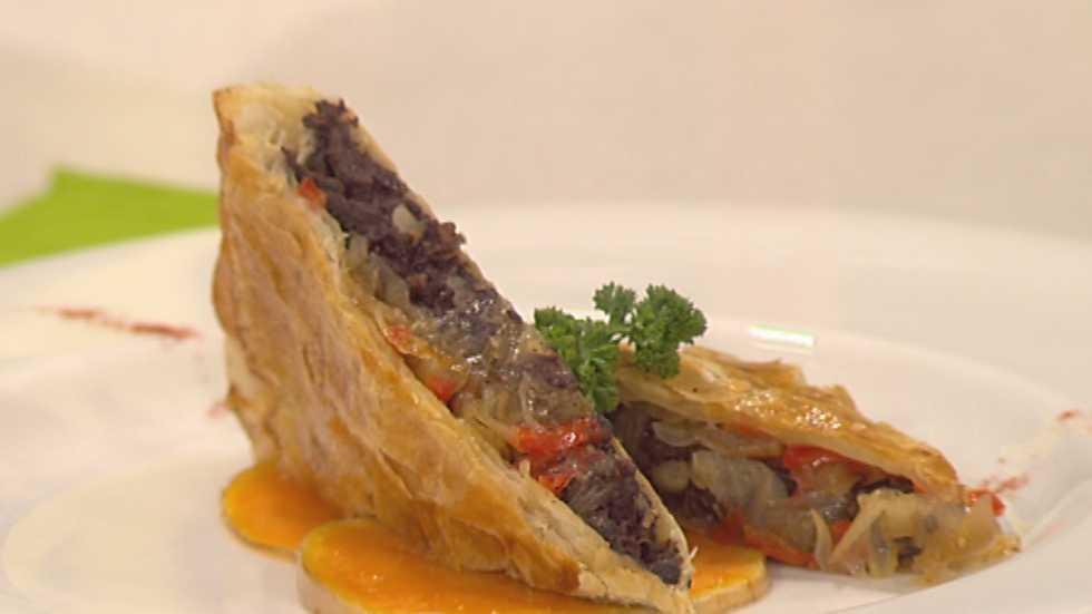 Cocina con sergio empanada de morcilla y cebolla for La cocina de sergio
