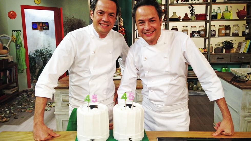 Torres en la cocina feliz cumplea os hermanos torres for Cocina hermanos torres