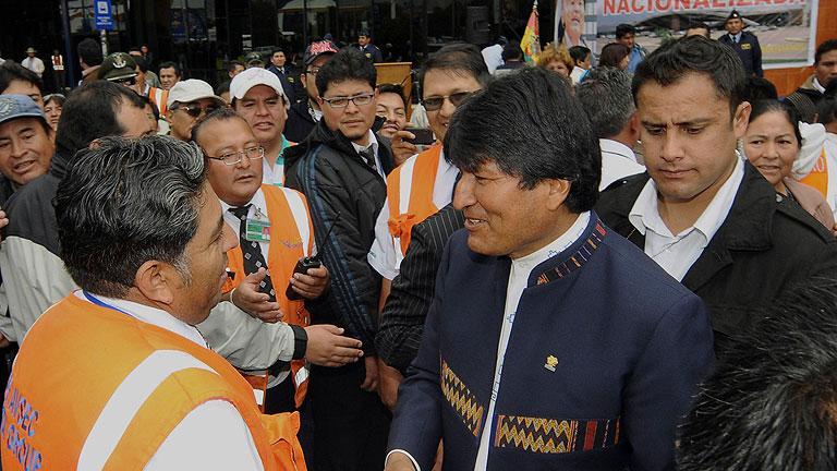 """Morales dice que """"si no es con el Gobierno, mantendrá relaciones con los movimientos sociales de España"""""""